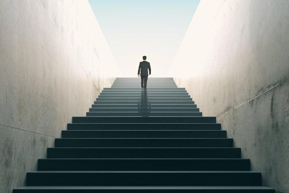 Resultado de imagem para escada longa