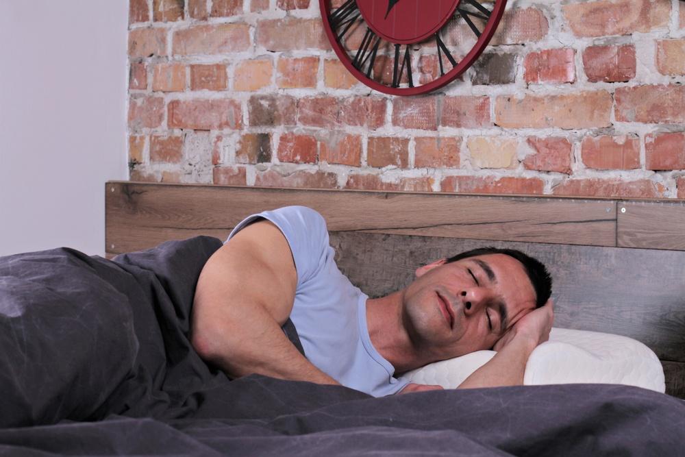 sonhar deitado na cama