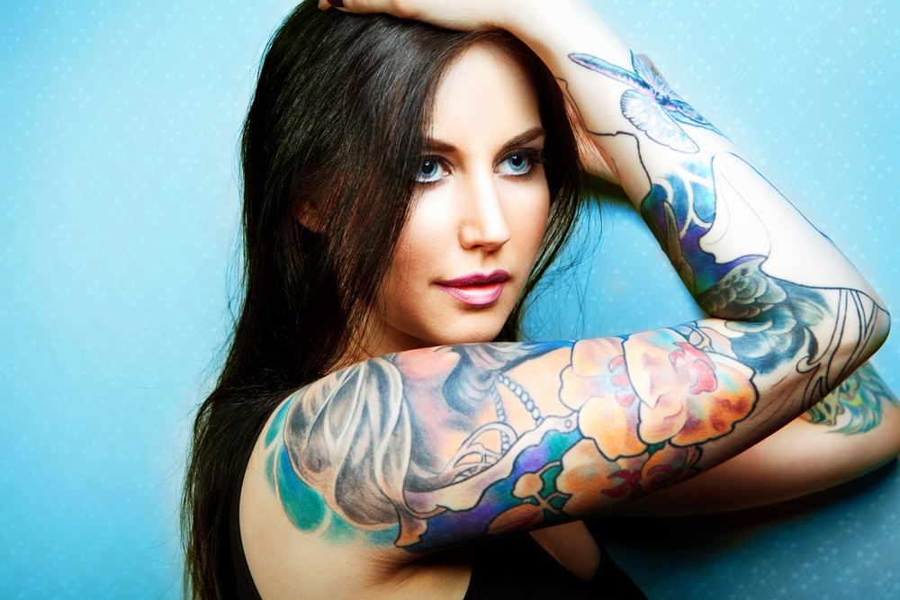sonhar com tatuagem no braço
