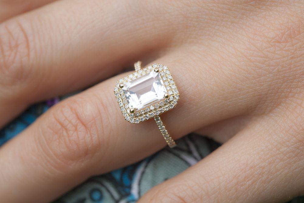 sonhar com anel no dedo