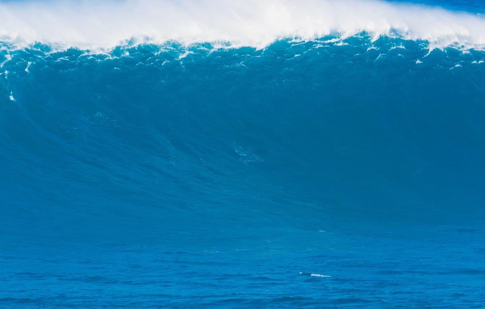 sonhar com onda gigante