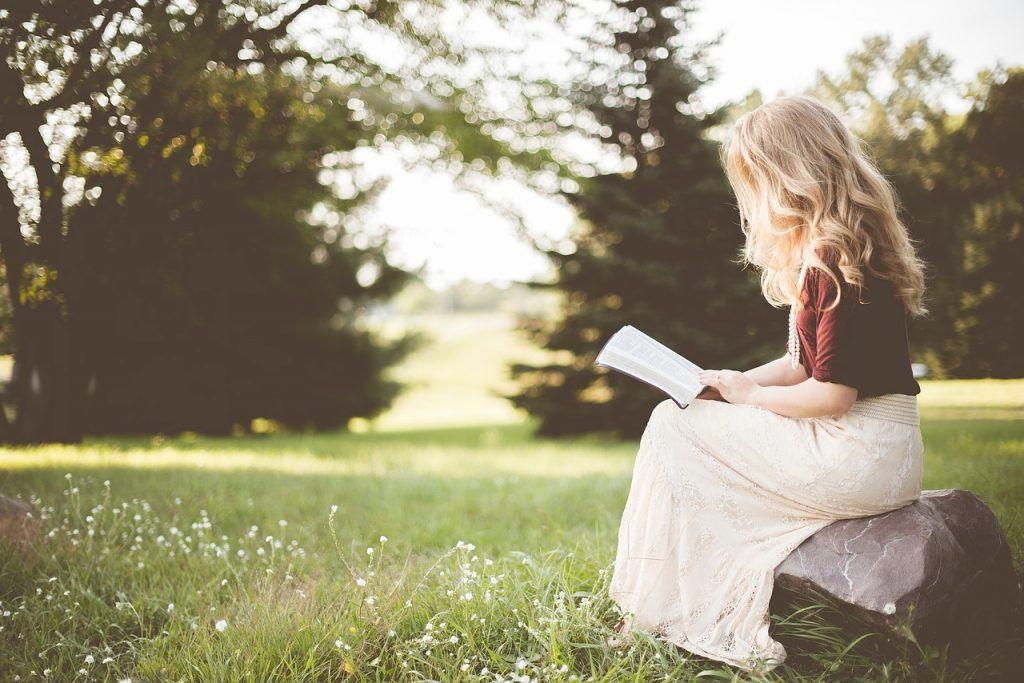 sonhar que lê livros
