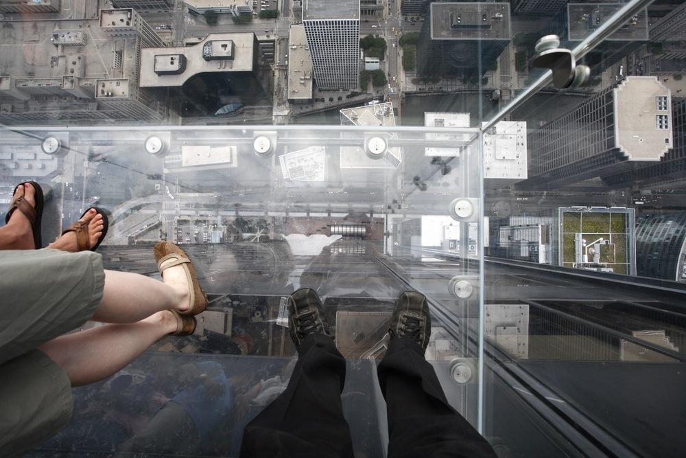 sonhar com piso de vidro