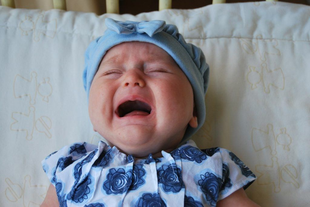 sonhar que vê um bebê chorando