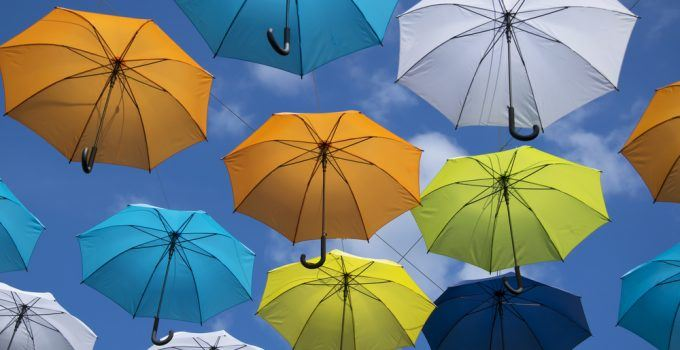 sonhar com muitos guarda-chuvas