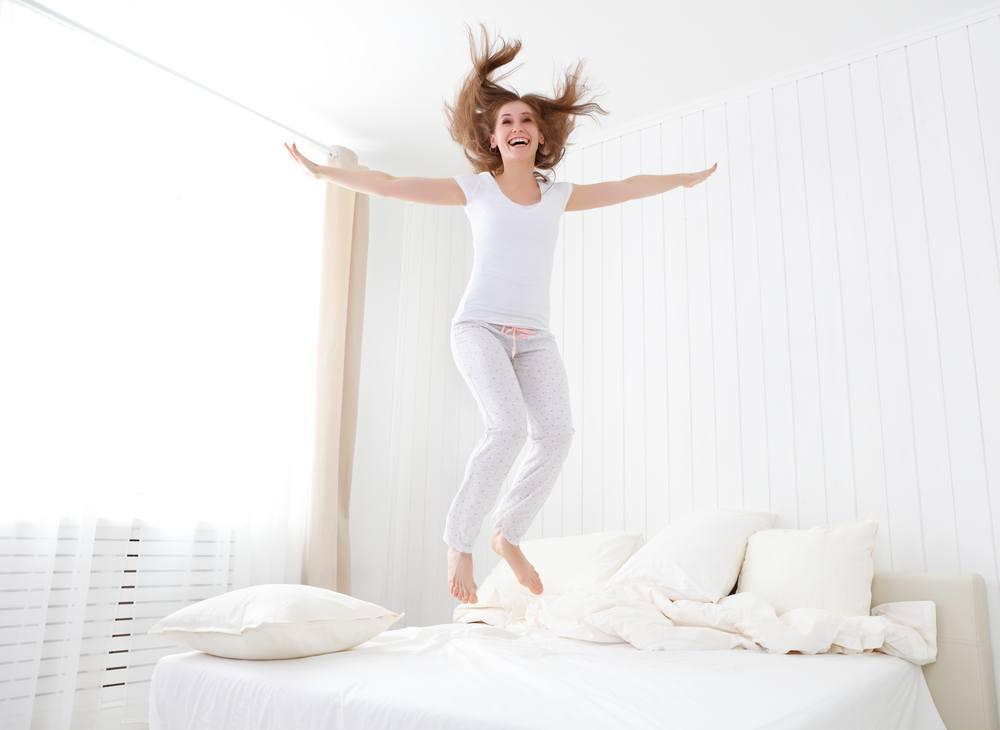 sonhar que pula no colchão