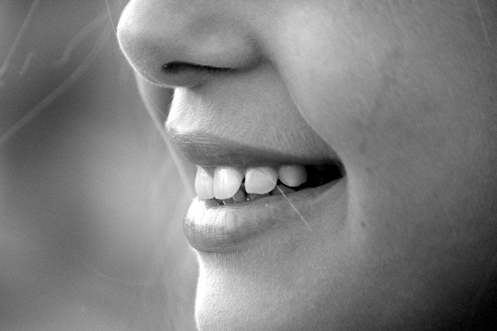 sonhar com dente branco