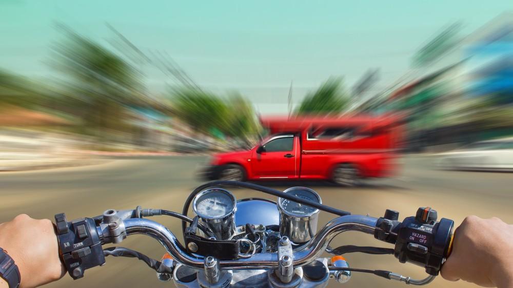 O que significa sonhar com acidente de moto?