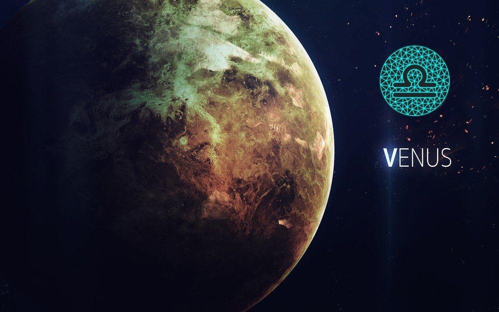 características de vênus em libra