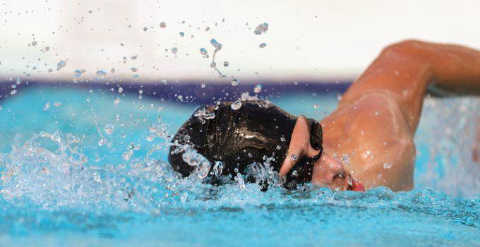 O que significa sonhar com nadar?