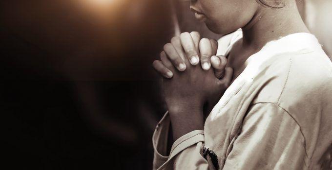 O que significa sonhar com oração?