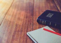 O que significa sonhar com bíblia?