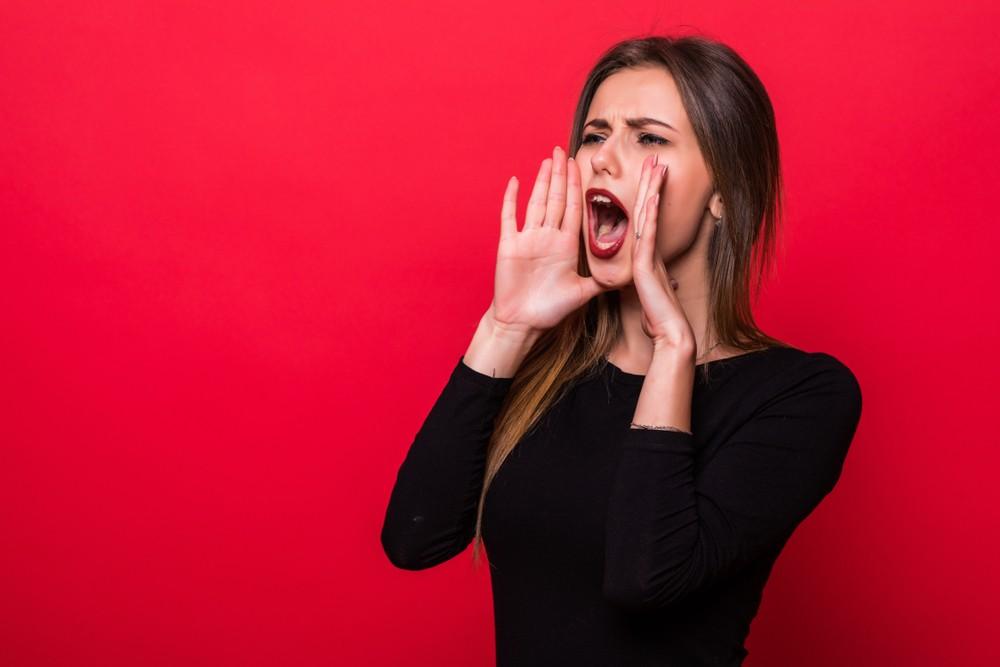 O que significa sonhar com gritar?