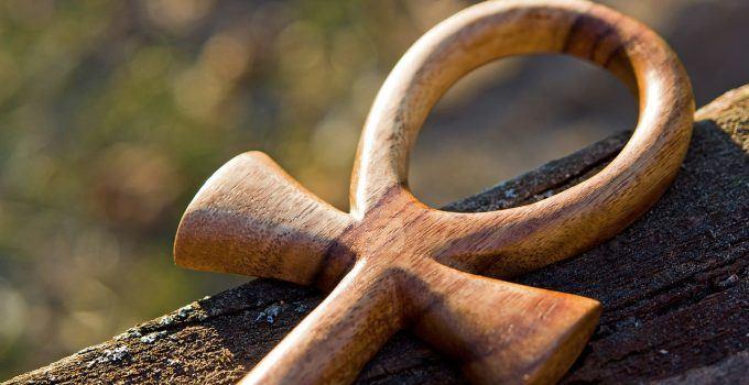 Significado de Cruz Ansata