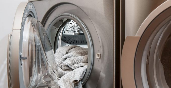 O que significa sonhar com roupa suja?