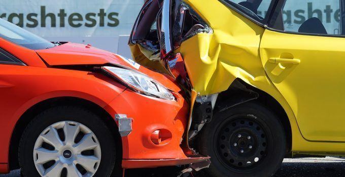 O que significa sonhar com acidente de carro?
