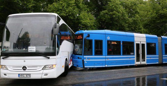 O que significa sonhar com acidente de ônibus?