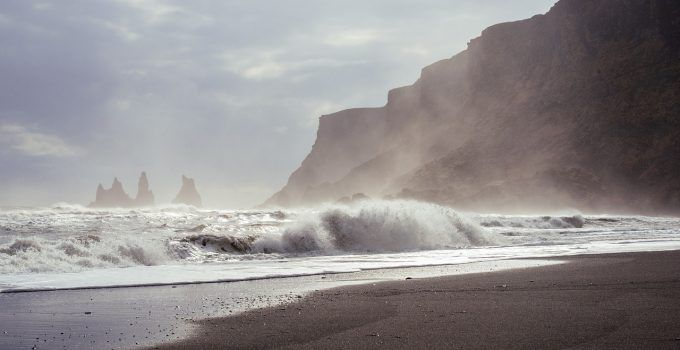 O que significa sonhar com mar agitado?