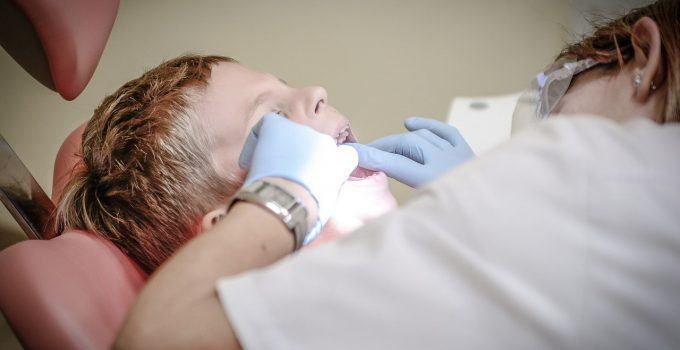 O que significa sonhar que está arrancando o dente?