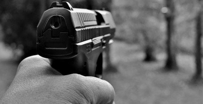 O que significa sonhar com tiroteio?