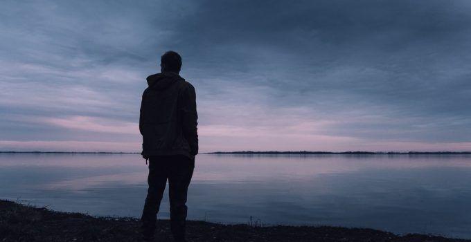 O que significa sonhar com homem desconhecido?